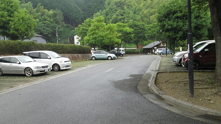 いよやかの郷の駐車場